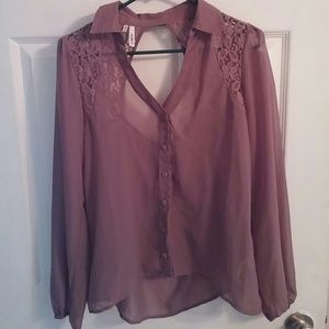 Studio Y Tops - Studio Y sheer top with keyhole back size small
