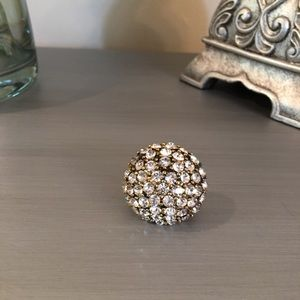 2 Chic Jewelry - 🛍 2 Chic Jeweled Cocktail Ring 7