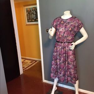 Beautiful vintage floral dress.
