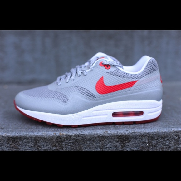 the best attitude 59922 937e4 Nike Air Max 1 Fuse - Reflective Silver  Red. M5738ec77eaf03049a600d406