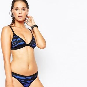 Seafolly Other - NWT SEAFOLLY TOP!