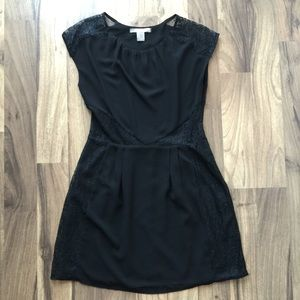Forever 21 Dresses & Skirts - Chiffon and lace little black dress
