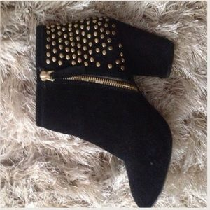 Steve Madden Shoes - Steve Madden booties