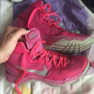 Shoes - Pink Nike basketball shoes size 8