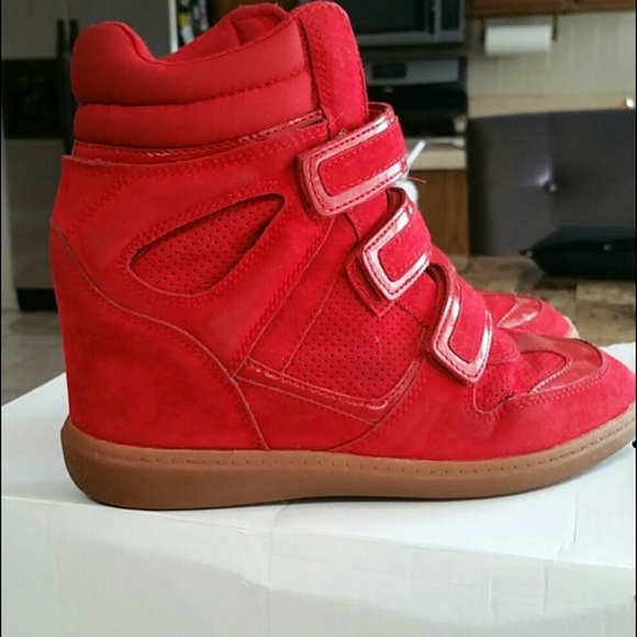 5225a2e58dfa ALDO Shoes - Aldo Red Sneaker Wedges