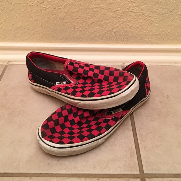 Red and Black Checkered Vans. M 57391e7cb4188eee1f0773c2 5efa8f8c8