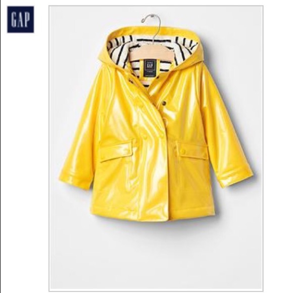 32% off GAP Other - Gap rain jacket toddler girls from Danee's ...