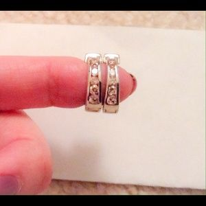 Jewelry - Pink Rhinestone Earring.