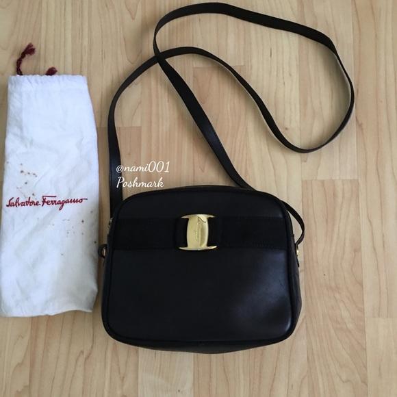 Vintage Salvatore Ferragamo Shoulder Bag D 213096.  M 573967b4b4188e36080825a4 c5a39ddebeff5
