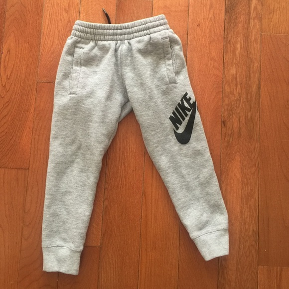 fe738728f59 Toddler Nike Sweatpants. M 5739e29bbcd4a7bfdf08a0d9