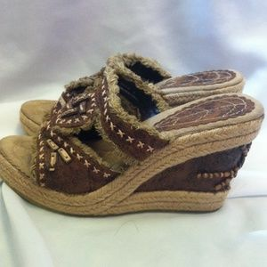 Bamboo wedge!