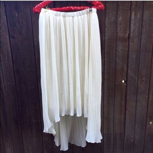 Cream Pleated Midi Skirt Size Large