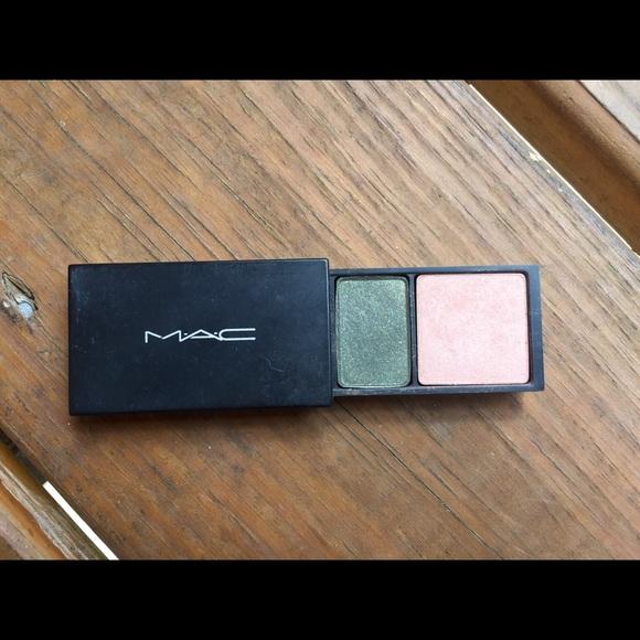 🛍 BOGO CLEARANCE SALE MAC cosmetics duo shadow