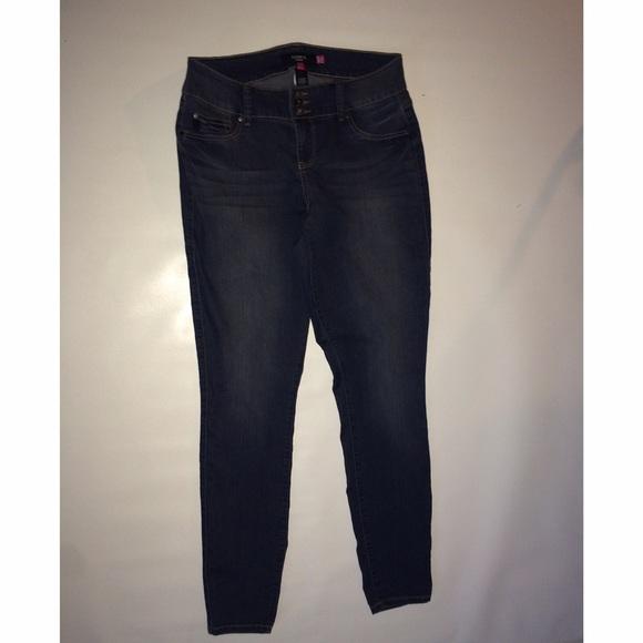 f09e7cd3f85 Torrid plus size skinny jeans Sz 16 extra tall