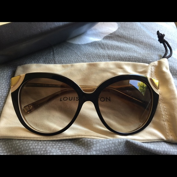 358270d4530 Brand new Louis Vuitton Amber sunglasses
