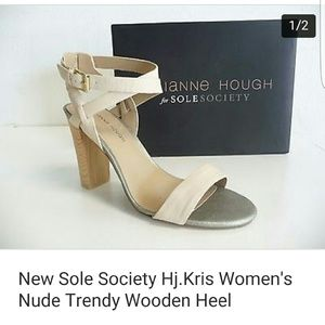 New Sole Society Hj.Kris Nude Trendy Wooden Heel