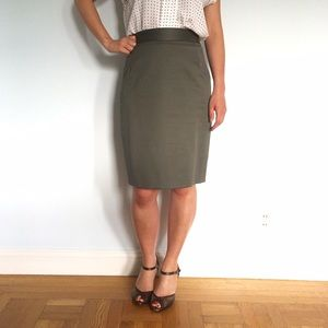 Gray Pencil Skirt ⭐️ NWOT