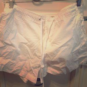 White gap drawstring shorts