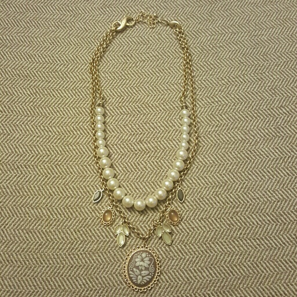 Lia Sophia Jewelry - Lia Sophia Cameo Necklace