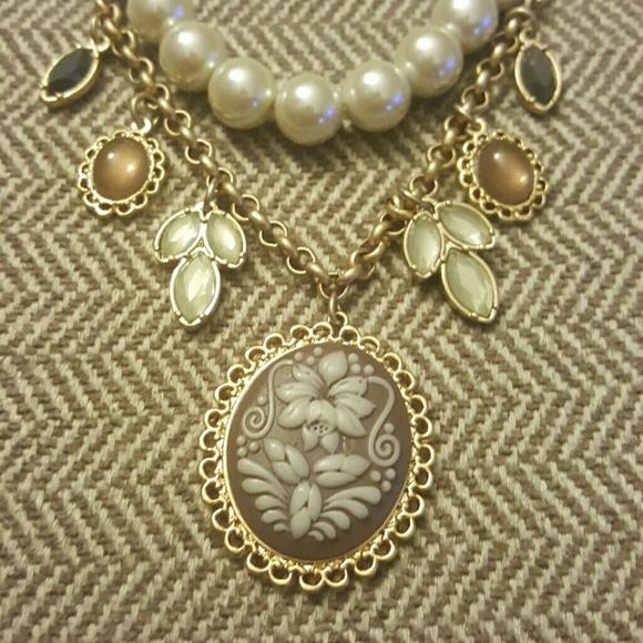 Lia Sophia Jewelry - Lia Sophia Cameo Necklace