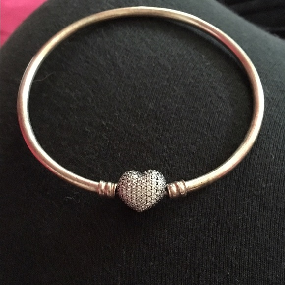 6e6cc3830 Authentic Always in my heart Pandora bangle. M_573a6c1f4225be886d011744
