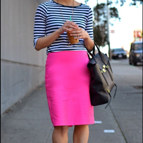 51139d97641 J. Crew Dresses   Skirts - J. Crew Hot Pink Pencil Skirt