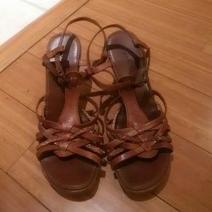 andre Shoes - Brown summer wedges