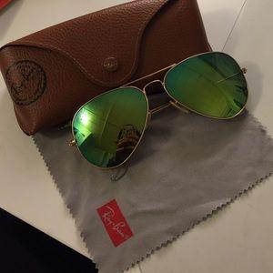Ray-ban sunglasses: 58mm
