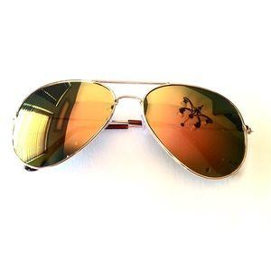 4f5b78374b0 Accessories - New Fashion Yellow Tint Lenses Aviator Sunglasses