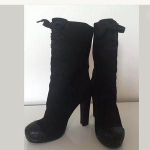 FENDI Black Suede Duck Boots. Size 37