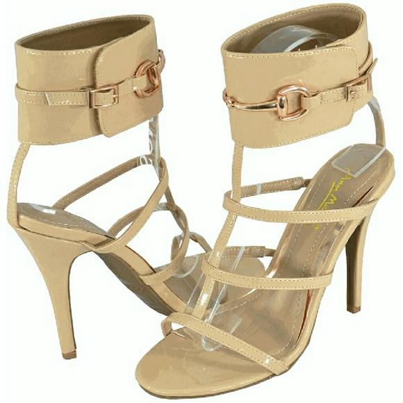 2306f5ef021c Resemble the gucci ursula gladiator sandals. M 573a92fbd14d7ba5ac018367
