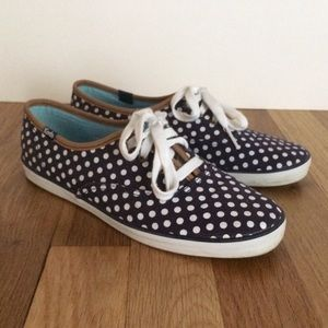Keds in Navy Polka Dot - 6.5