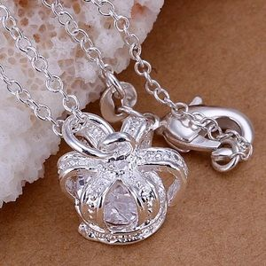 Jewelry - Crown necklace pendant only