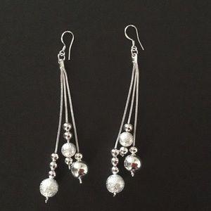 Jewelry - Sexy long silver dangle earrings