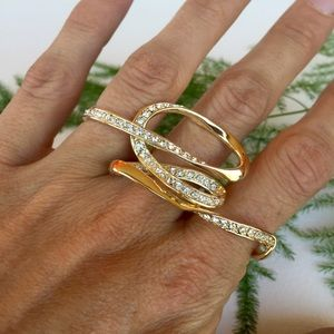 Jenny Packham Jewelry - SALE🌲Jenny Packham UK two finger gold  ring NWT