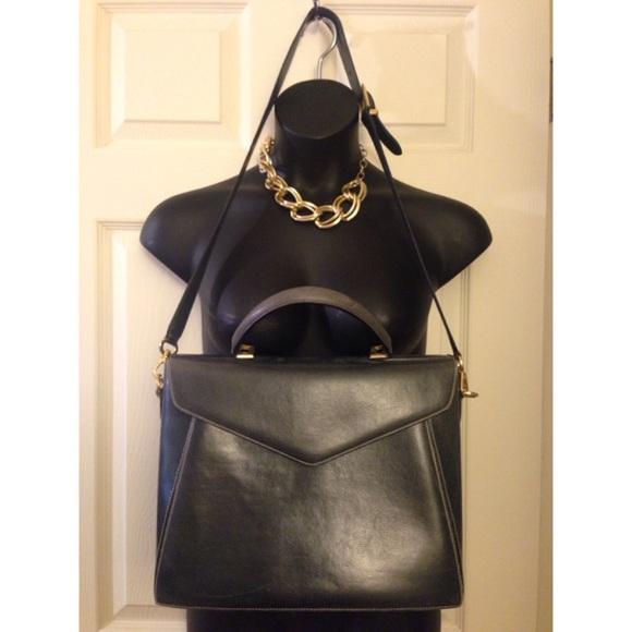da509fcfda Large vintage Salvatorre Ferragamo briefcase bag. M 573b3664eaf030c23c003381