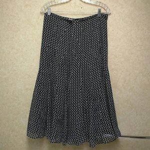 Jones New York Dresses & Skirts - Jones NY silk skirt