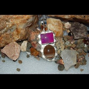 handmade & handcrafted gemstone jewelry Jewelry - Pretty 2 -Tone Color Lace Agate Statement Pendant