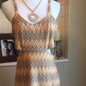 NWT LOVERS+FRIENDS CUT OUT SIDES GREAT DRESS SZ L