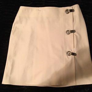Cream Michael Kors skirt size 4 Silver buckles