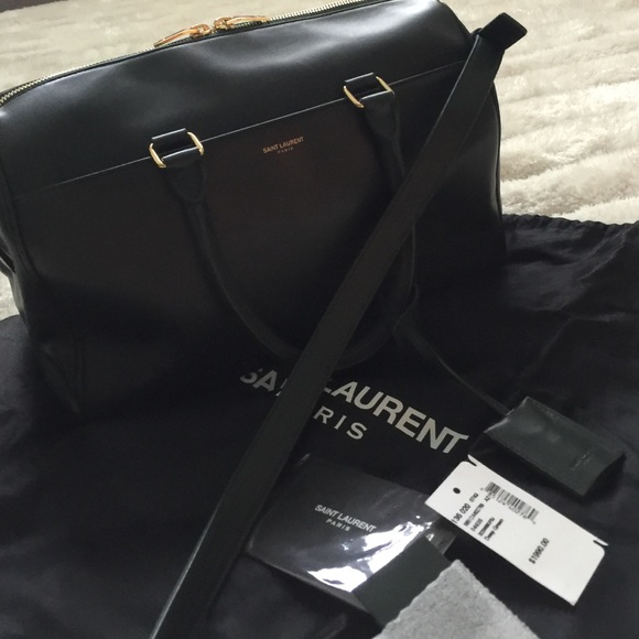 bb1fe1bf3564 Saint Laurent Duffle Bag 6. M 573b7cd04e8d17731400b0a0