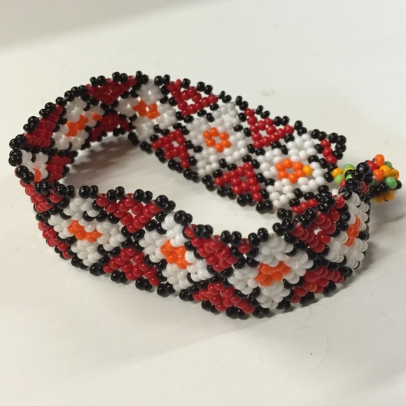 20 jewelry brand new mexican beaded bracelet from