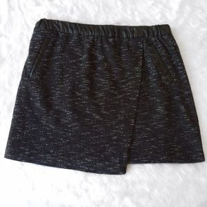Forever 21 Dresses & Skirts - Black and Gray Tweed Faux Leather Mini Skirt