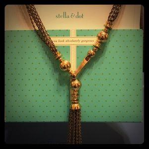 Stella & Dot Bianca tassel necklace