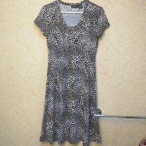 Nina Leonard Dresses & Skirts - Lennie for Nina Leonard popover dress