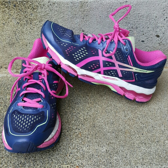 asics Shoes - 1 HR SALE! Asics Gel-Kayano 22 Fluid Ride size 9.5 23bf2d01f21d
