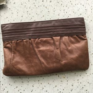 Vintage 80's leather clutch