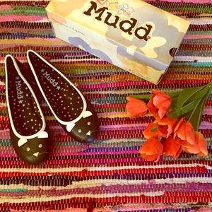 Mudd Black Critters Flats