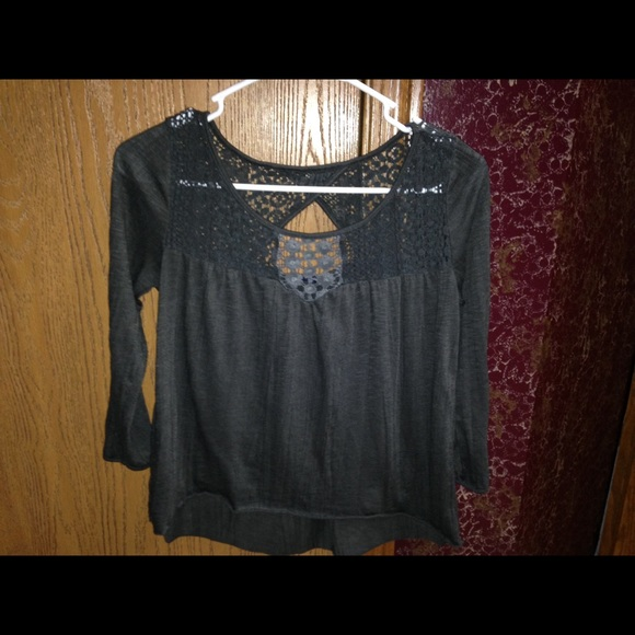 American Eagle Outfitters Tops - PRICE CUT 🎈🎈🎈AMERICAN EAGLE TOP SIZE XS
