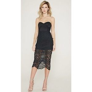• LOVECAT bandeau lace midi dress size S •
